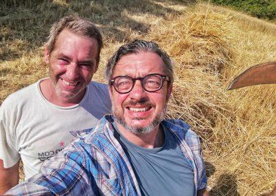 santa-vittoria-hand-harvest2-web